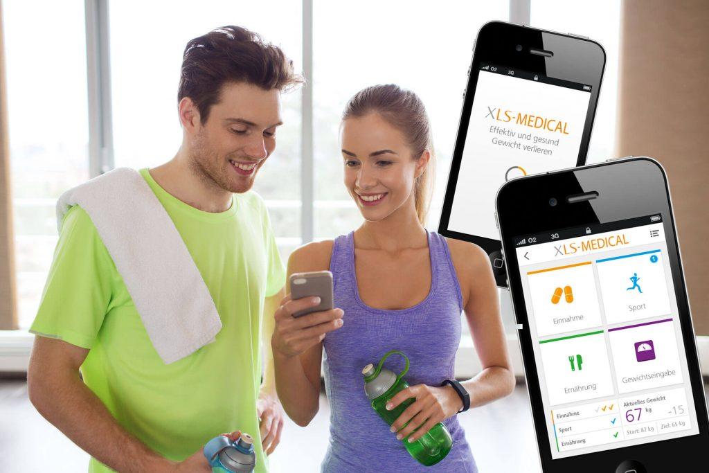 XLS Medical App und zwei Menschen beim Trainieren